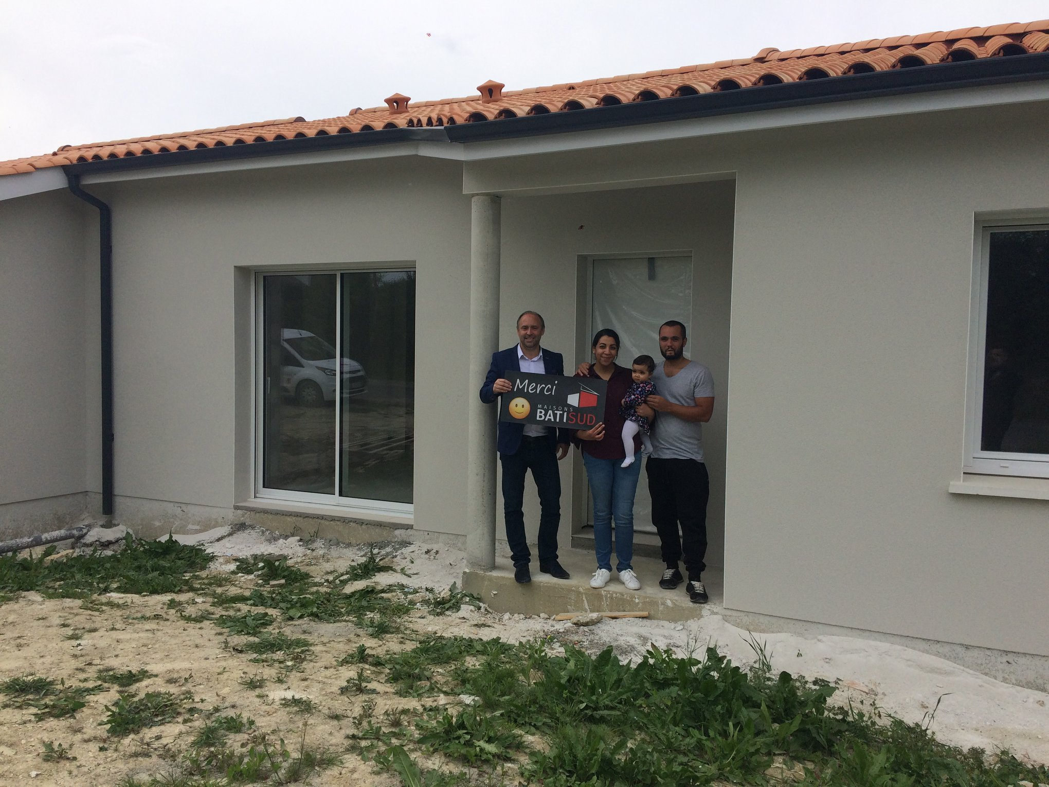 Maisons Bati Sud | Réception de leur maison de 100m² par une famille à Cavignac - 1
