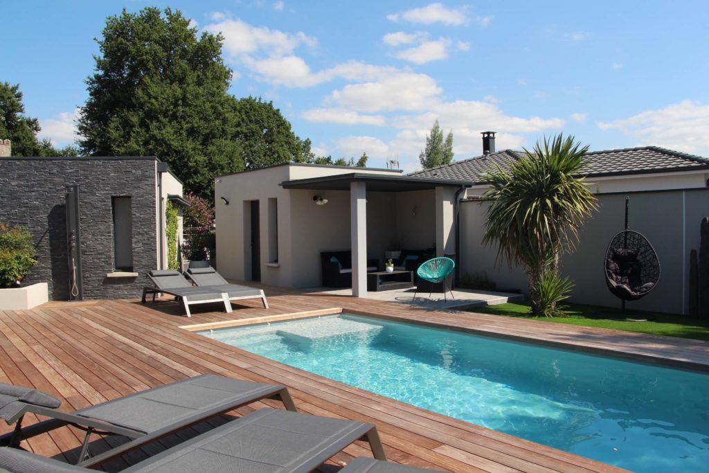 Maisons Bati Sud :Maison contemporaine de plus de 200m² à Saint-Médard-en-Jalles - 2
