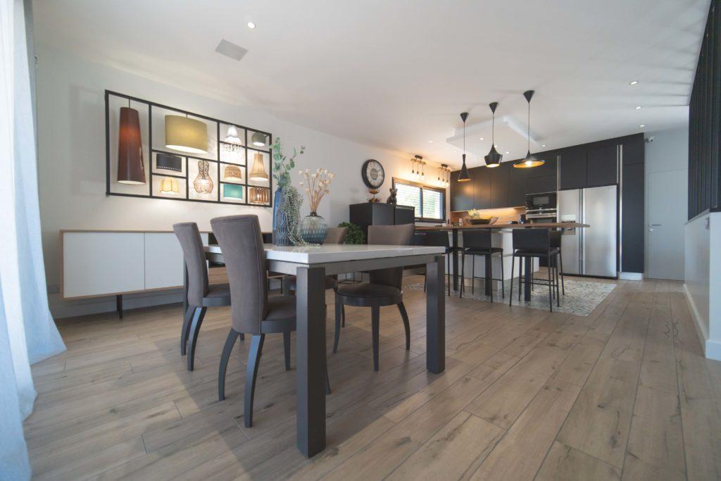 Maisons Bati Sud :Maison contemporaine de plus de 200m² à Saint-Médard-en-Jalles - 5