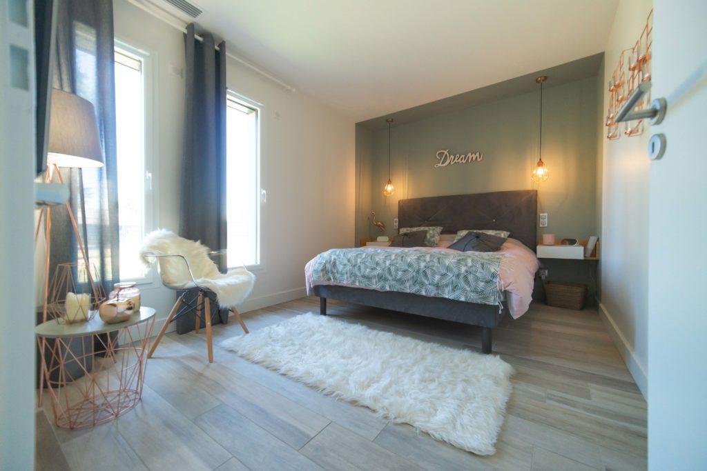 Maisons Bati Sud :Maison contemporaine de plus de 200m² à Saint-Médard-en-Jalles - 9