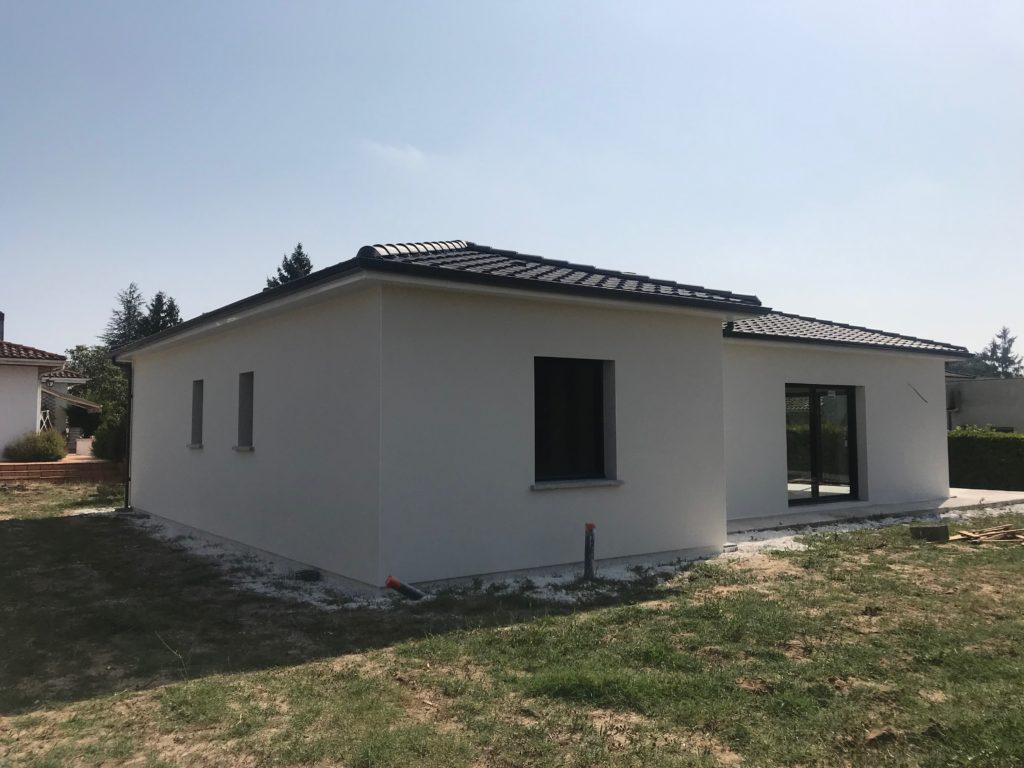 Maisons Bati Sud : Une nouvelle maison à Léognan pour nos clients de 80 ans - 1